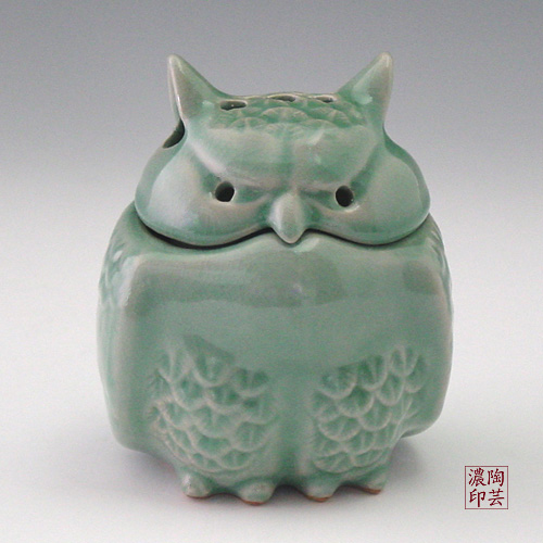 Korea Porcelain Animal : Owl Incense burner