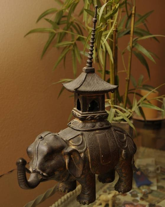 China Bronze Animal : Elephant Incense burner